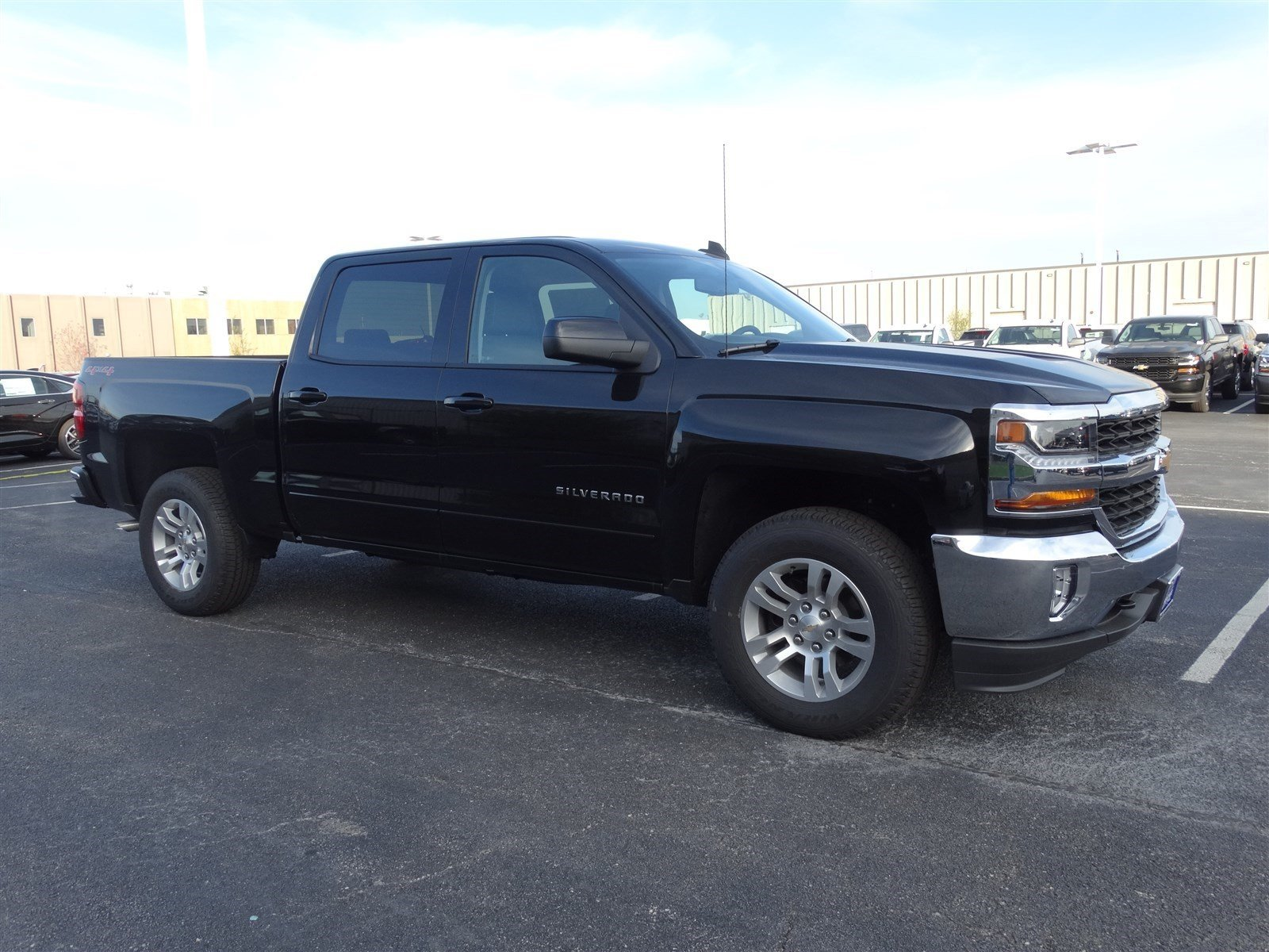 new 2017 chevrolet silverado 1500 lt crew cab pickup in naperville t6013 chevrolet of naperville. Black Bedroom Furniture Sets. Home Design Ideas